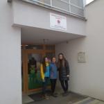 Druháčky Lenka, Terézia a Monika na návšteve v Špeciálnej škole sv. M.M.Kolbeho v SNV